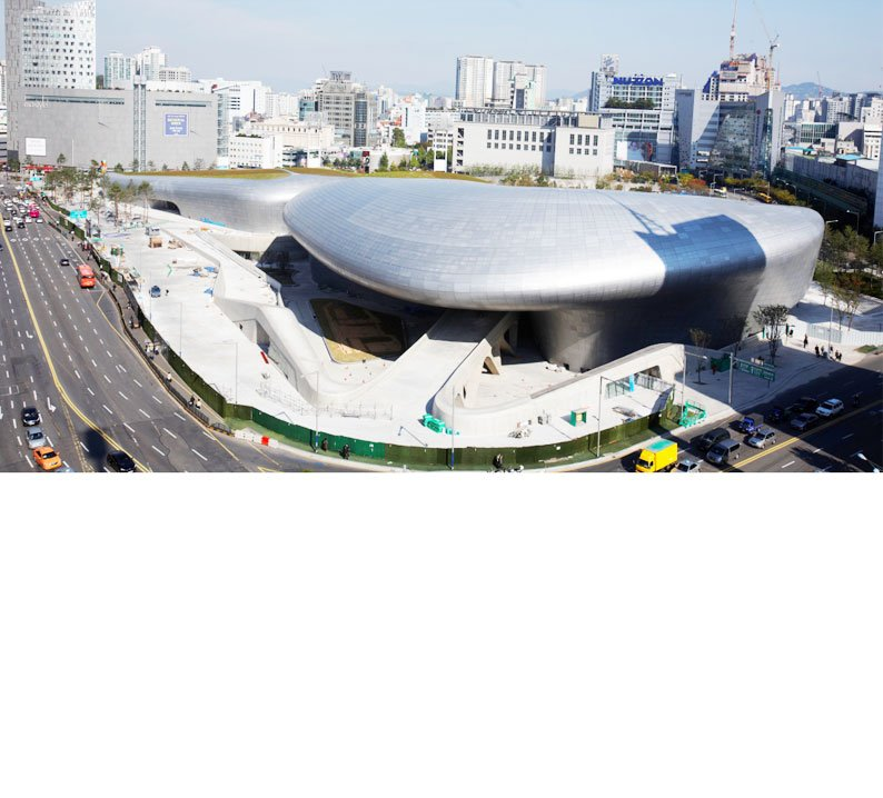 The DDP– Dongdaemun Design Park, Seoul Metropolitan Government, Korea. Designed by Zaha Hadid.